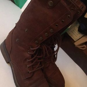 American eagle convertible boots size 9.5